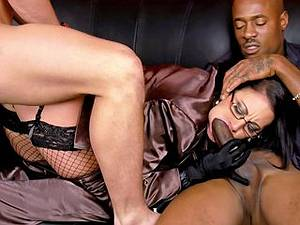 Interracial threesomes with horny mature MILF Emma Butt