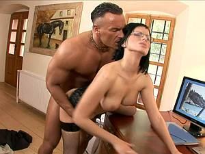 Renata got cum on her glasses