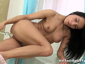 Sensual Lexi Donna toys and rubs her supple pussy