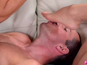 Kira Queen and Alexa Tomas - Foot licking and sex threesome