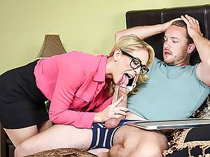 Naughty stepson fucks his busty stepmother before the meeting