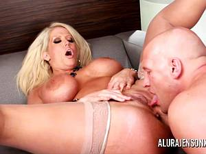 MILF with big boobies excited sexy fun in Vegas