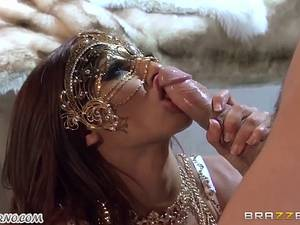 Luxury hostess Madison Ivy and her sex slaves