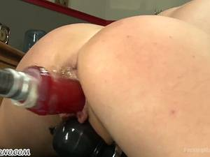 Fucking punch in her wet pussy