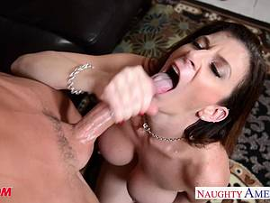 MILF Sara Jay gets her pussy fucked and face glazed